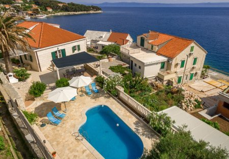 Villa in Sumartin, Croatia