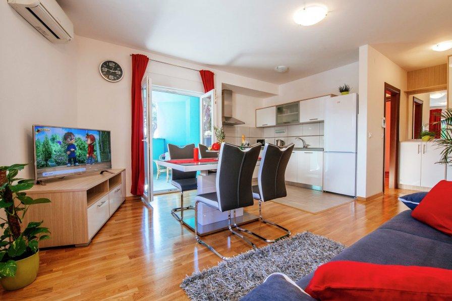 Red rainbow apartment