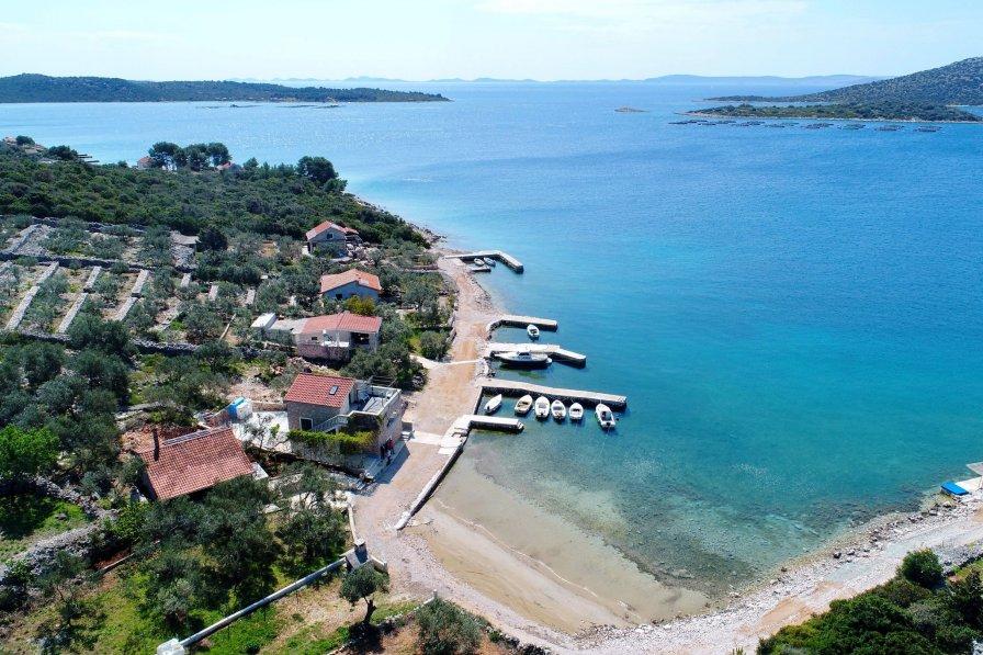 Cottage in Croatia, Tkon