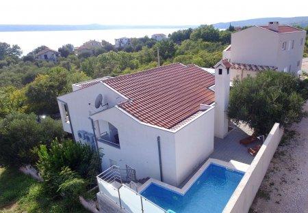 Apartment in Maslenica, Croatia