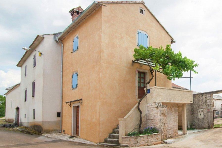 Apartment in Croatia, Ježenj