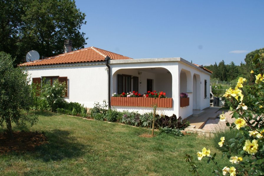 Bungalow in Croatia, Medulin