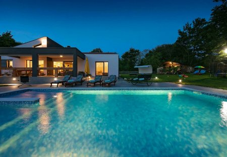 Villa in Kraj Drage, Croatia
