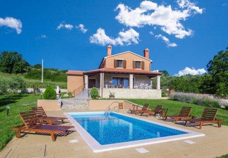 Villa in Rakotule, Croatia