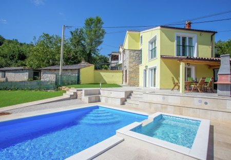 Villa in Rakotule, Croatia