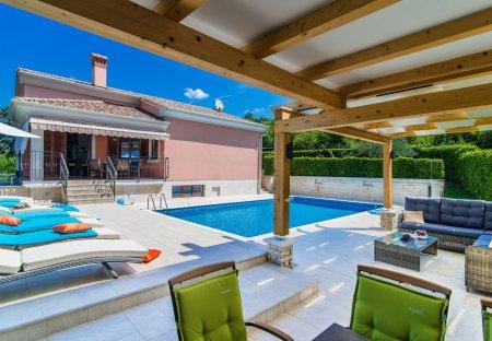 Villa in Putini, Croatia