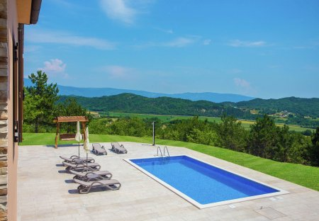 Villa in Novaki Pazinski, Croatia