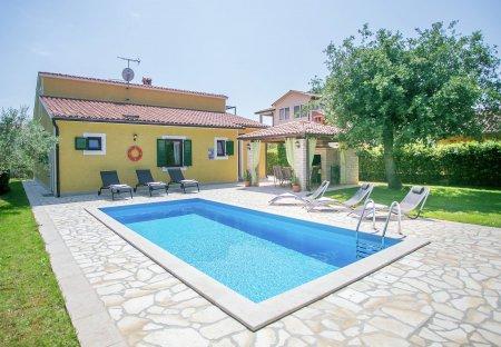 Villa in Kadumi, Croatia
