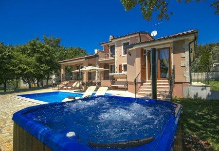 Villa in Fuškulin - Foscolino, Croatia