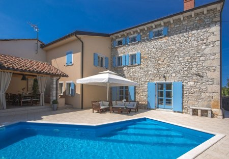 Villa in Perci, Croatia