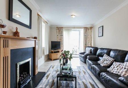 Apartment in Oldcourt, Ireland