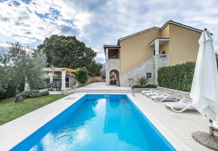 Villa in Marasi, Croatia
