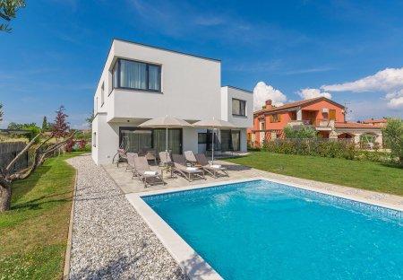 Villa in Bužinija, Croatia