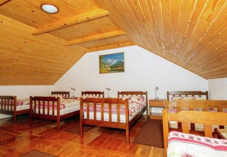 Cottage in Lovinac, Croatia