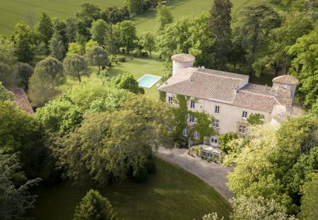 Chateau in Plaigne, the South of France