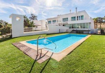 9 bedroom Villa for rent in Troia