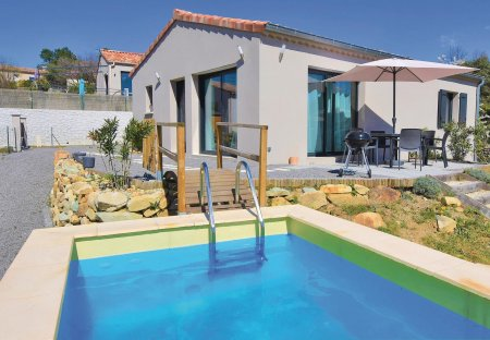 Villa in Chassiers, France