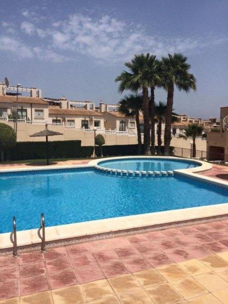Apartment in Spain, Urbanización El Presidente