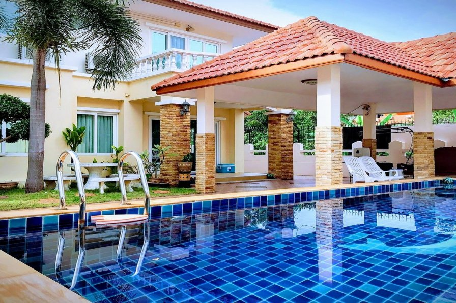 Amazing Pool Villas Pattaya Center & Walking street