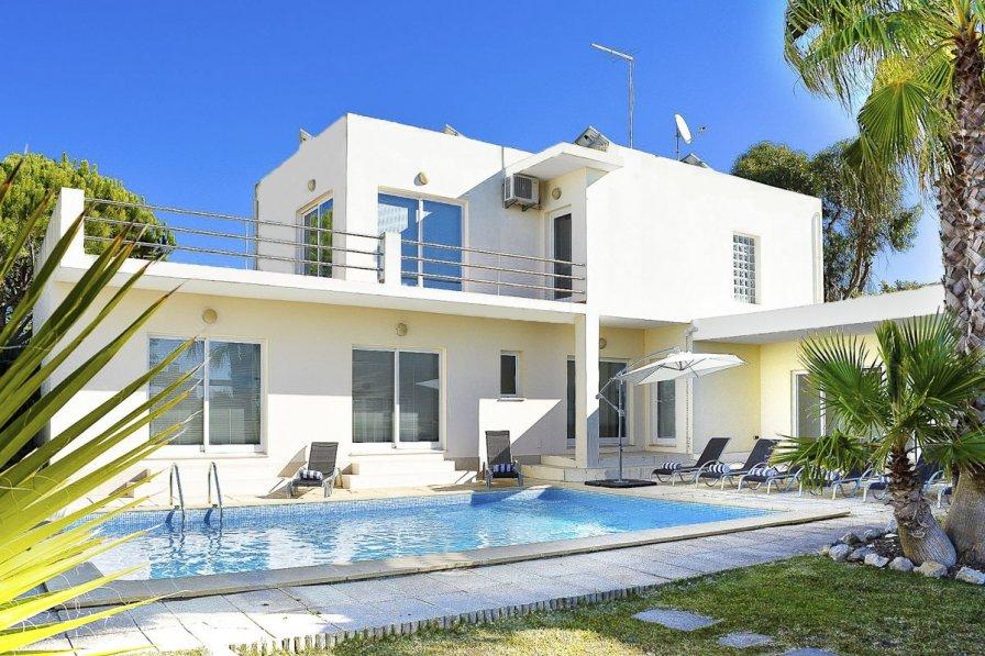 Villa Lous