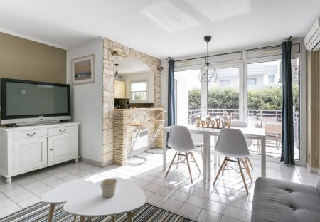 Apartment in Bagatelle, the South of France