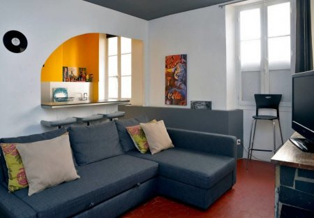 Apartment in Estienne d'Orves, the South of France
