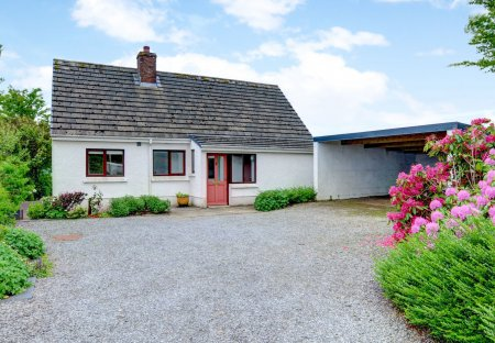 Bungalow in Clydau, Wales