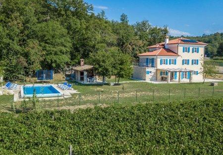 Villa in Momjan, Croatia