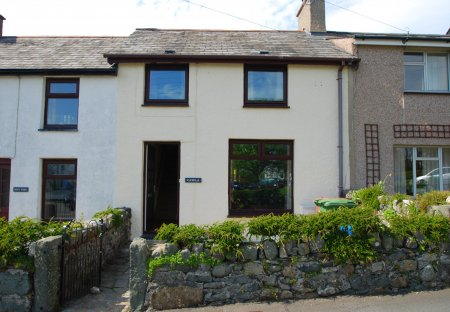 Cottage in Criccieth, Wales