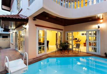 4 bedroom Villa for rent in Patong