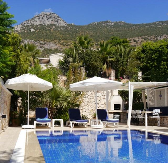 Villa in Turkey, Kiziltas: Villa Katmar, Pool and Terrace with view of Taurus Mountains