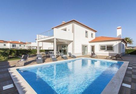 Villa in Vale Janelas, Portugal