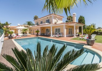 6 bedroom Villa for rent in Birre