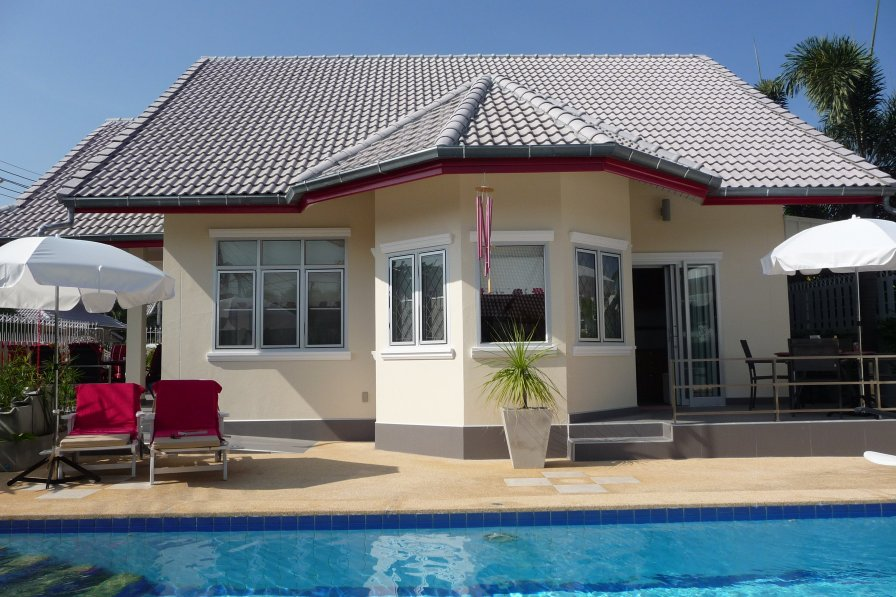 Centrally located, wheelchair friendly, fully adapted villa