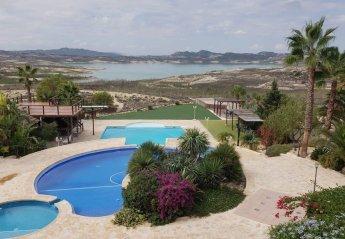 5 bedroom Villa for rent in Villamartin