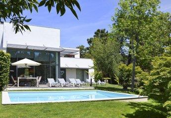 4 bedroom Villa for rent in Aroeira