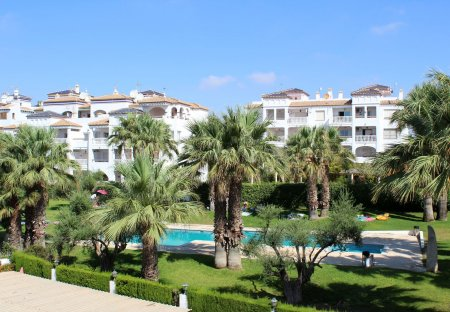 Apartment in Villamartín, Spain