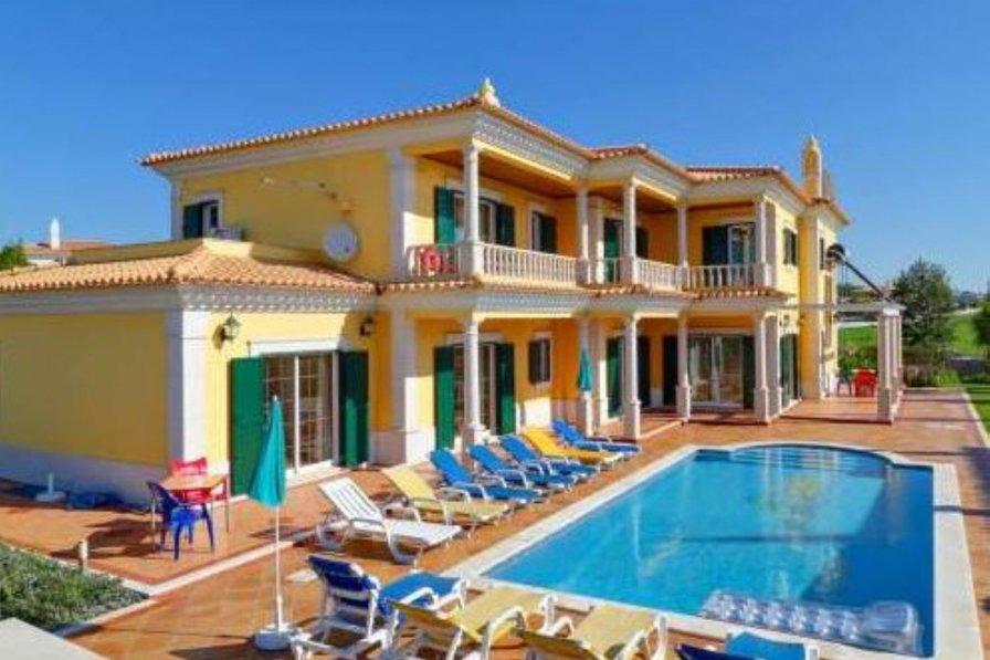 Vale Rebelho villa to rent