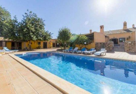 Villa in Benafim, Algarve