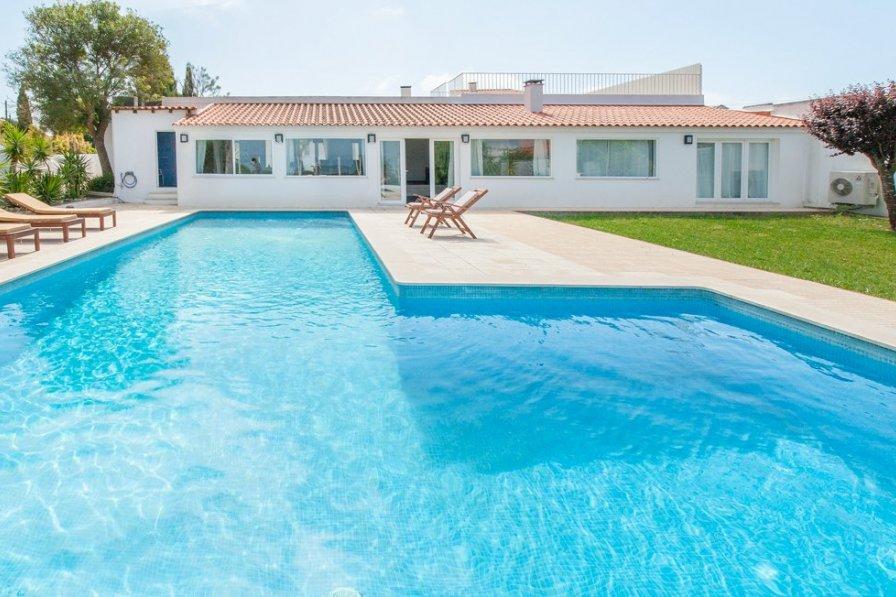 Villa in Portugal, Azóia (Sesimbra)