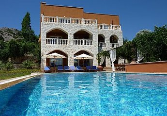 6 bedroom Villa for rent in Kas