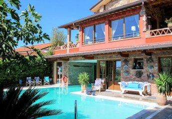 5 bedroom Villa for rent in Massarosa