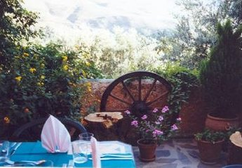 Cottage in Spain, Órgiva: One of our cozy terraces