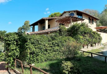6 bedroom Villa for rent in Rignano sull'Arno