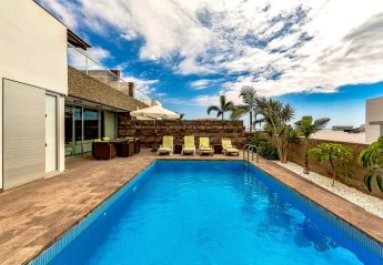 5 bedroom Villa for rent in Costa Adeje