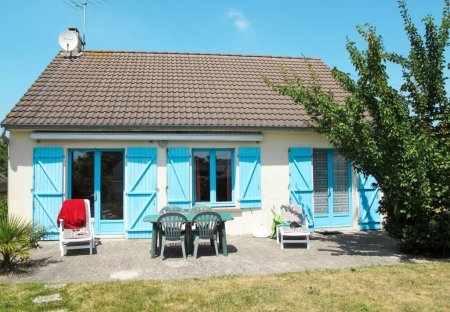 House in Saint-Germain-sur-Ay, France