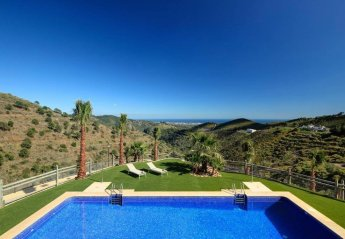 2 bedroom House for rent in Benahavis