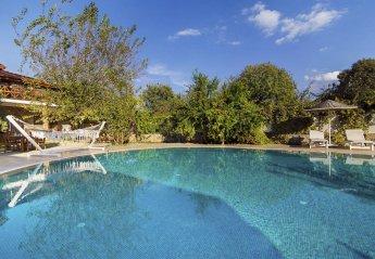 5 bedroom Villa for rent in Kayakoy