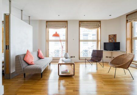 Apartment in St James's, London