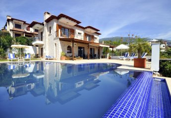 4 bedroom Villa for rent in Kas